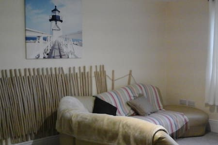 Coastal getaway - The waves - Ballycotton - Appartement