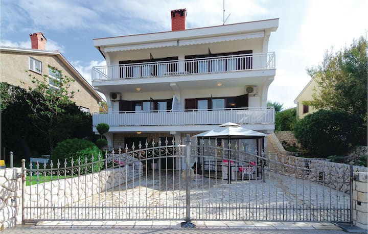 Nice home in Kraljevica with WiFi and 2 Bedrooms