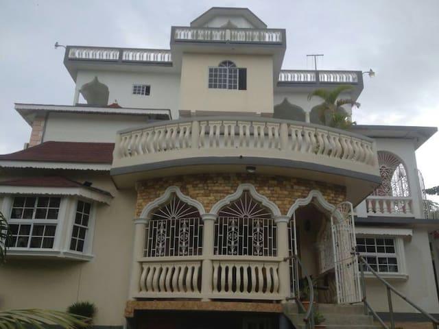 Vanvilla Guesthouse