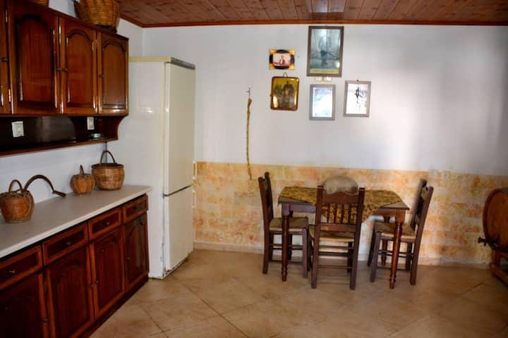 Luxury Apartment in Eleftherna Amitor