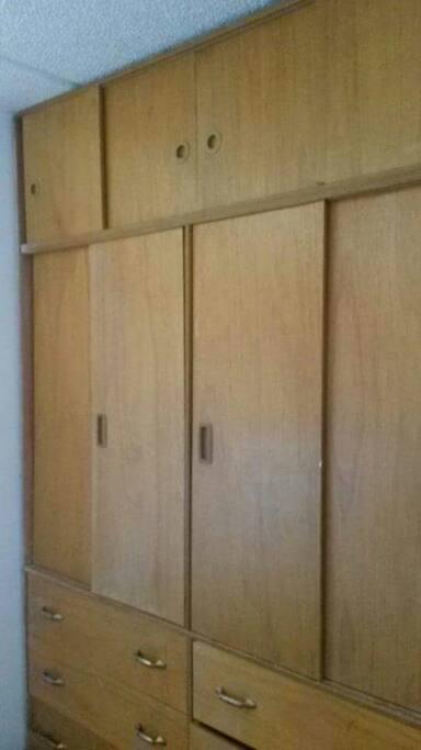 Armario grande, large closet
