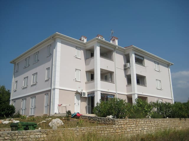 Holiday apartment -235- with parking for 4 persons