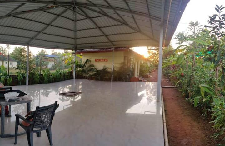 Beach View Cottages 1 ( Kencha's)