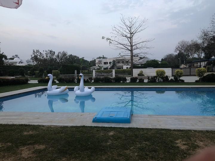 Swimming Pool Villa in Resort Stay