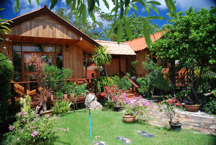 Lovely and spacious bungalow in Koh Lipe
