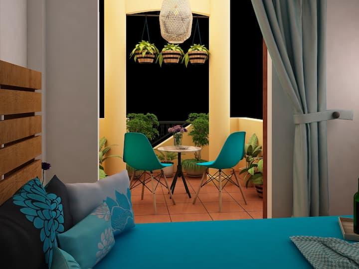 Bookaholic room with balcony