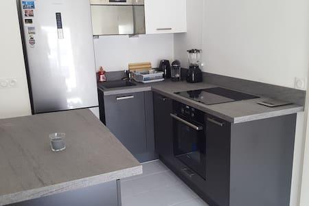 Appartement neuf 2 pièces tt équipé - Apartment
