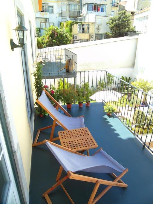 A quiet green terrace.