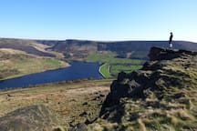 The cottage is located with easy access to great walking opportunities in the open Peak District
