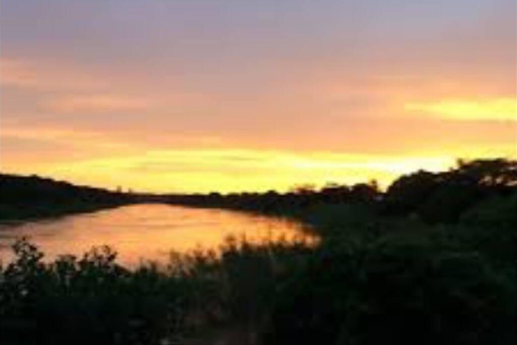 Vista Maravilhosa do Por do Sol.