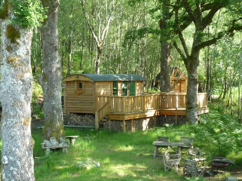 The Shepherds Hut & Hot Tub