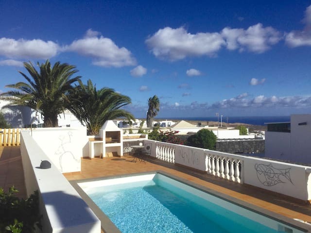 Great sea views - Private pool - Tias - Villa