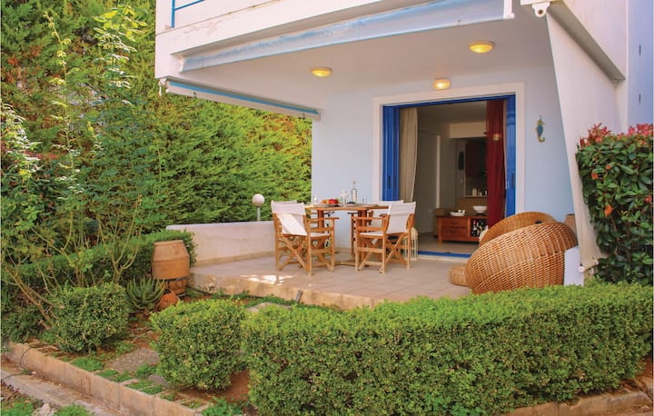 Amazing home in Melissi Korinthia with WiFi and 2 Bedrooms