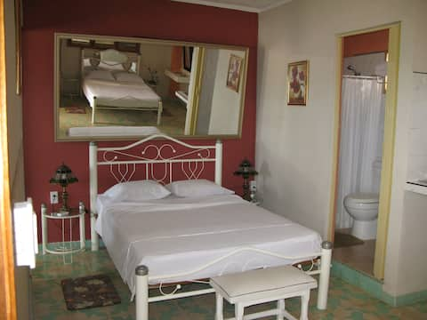 Hostal San Fernando, Morón, Room 1  Wi-Fi