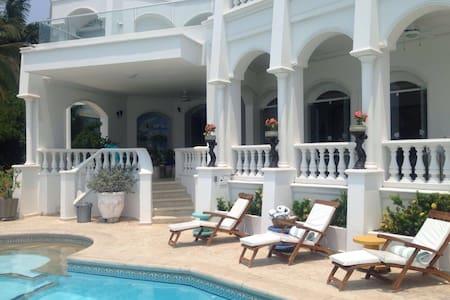 Mi Sueño Beach Villa