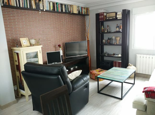 Habitación individual en piso para 2 - Villaviciosa de Odón - Apartment