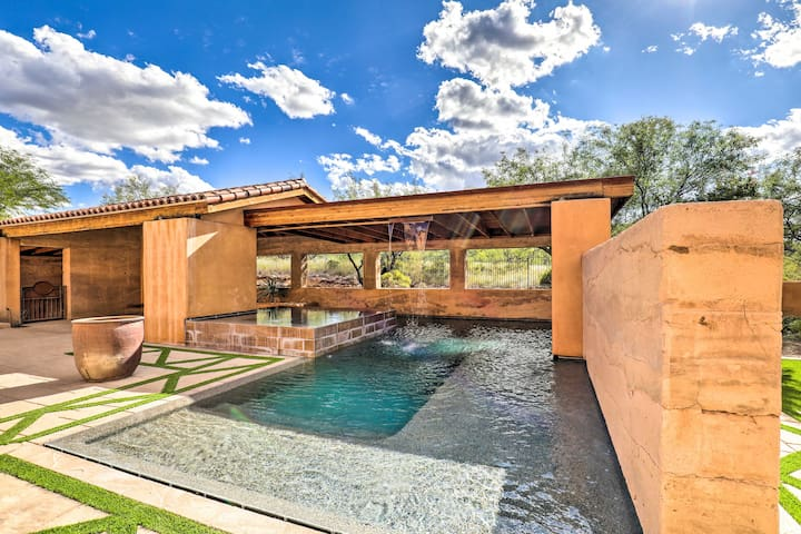 NEW! Luxe Ranch Villa w/ Mtn View + Infinity Pool!