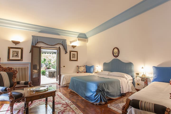 Dimora Storica Villa Goethe, Suite room