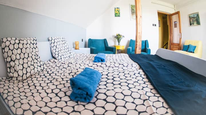 Comfy Room at TerraceON-Hungarian Homestay