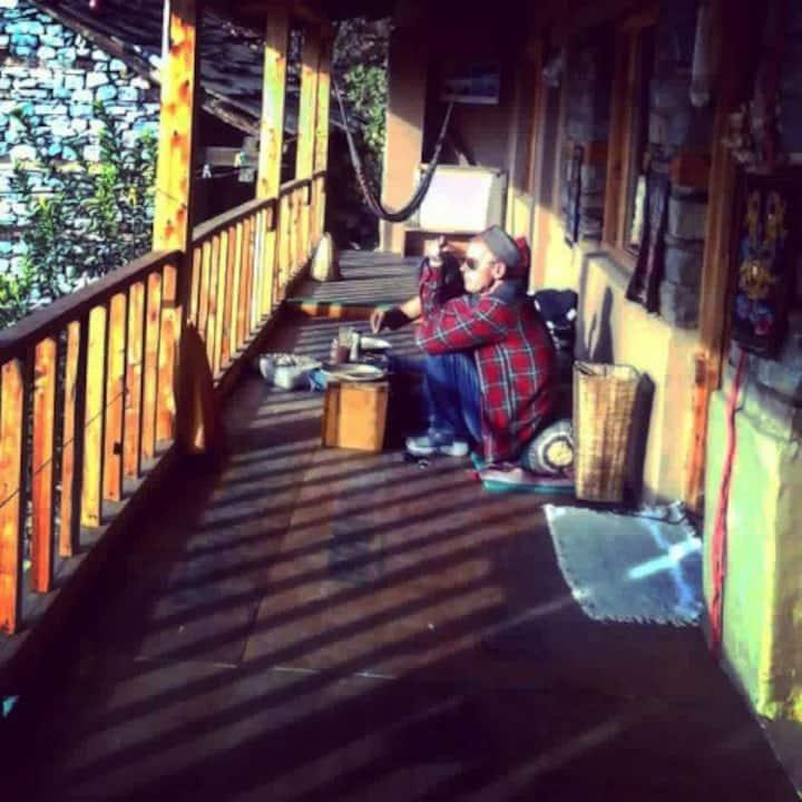 Om Shanti Himalaya