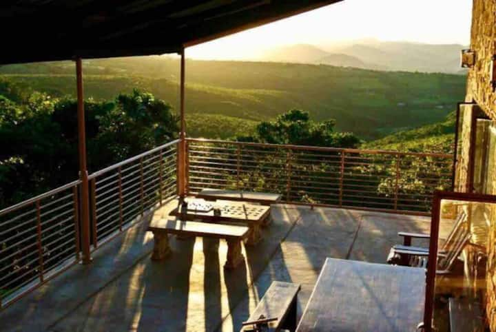 Zumbane Lodges (Dinner/Bed & Breakfast)