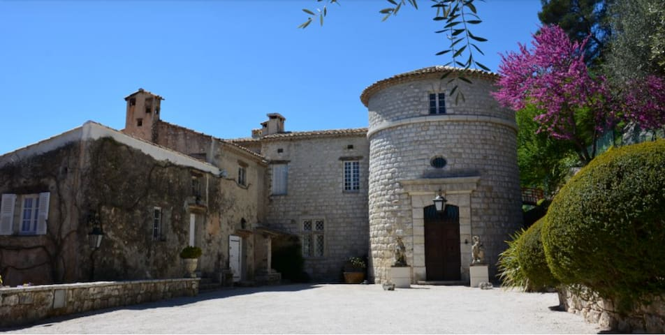 Chateau Haute Germain