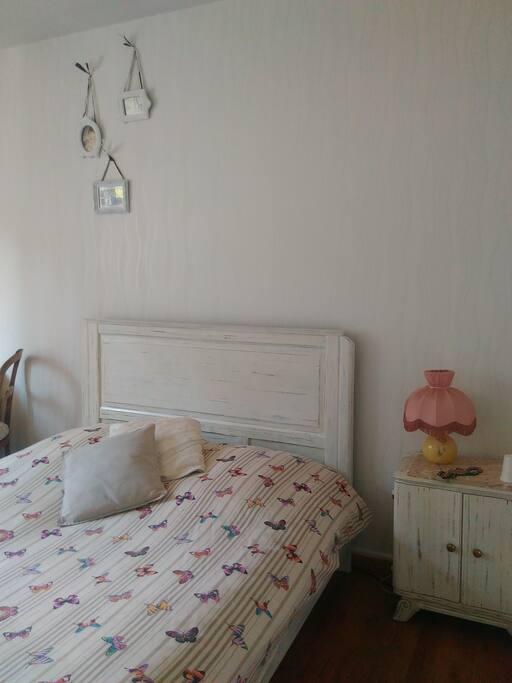 la chambre manon un air d 39 antan maisons louer bar le duc lorraine france. Black Bedroom Furniture Sets. Home Design Ideas