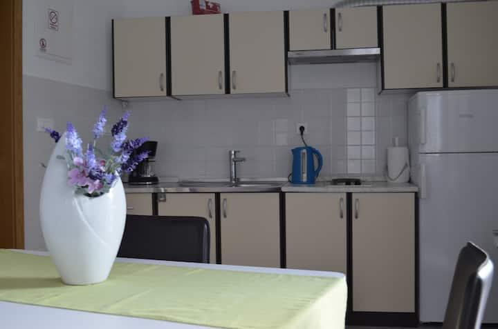 Cozy Studio apartment Kaštilac