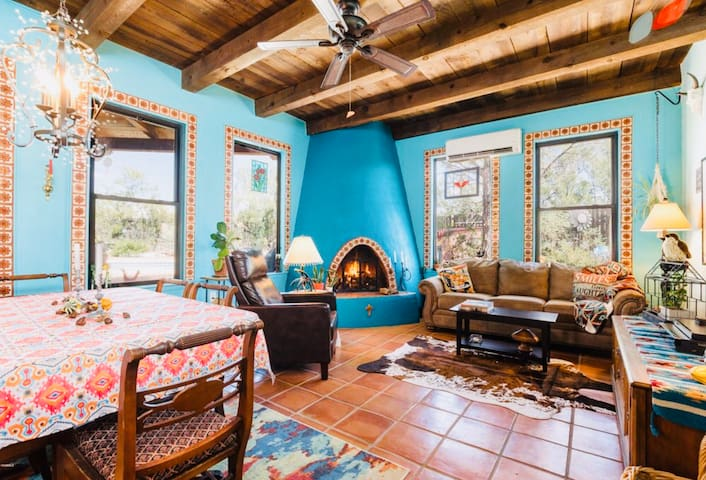 Hacienda Azul - Private Oasis with Pool and Views!