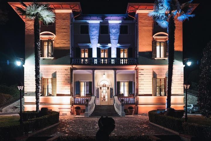 Villa Erre - Literary B&B (Stanza n° 49)