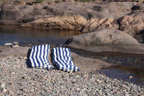Camere vicino al torrente, letto king size