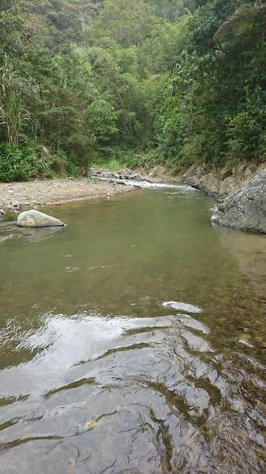 Acceso al Río zona privada