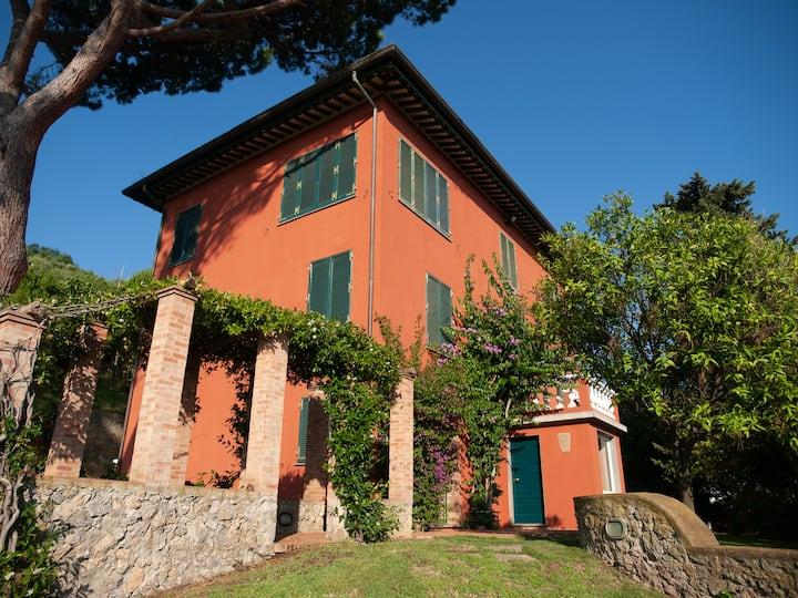 Villa Rossa - Mare dall'Alto