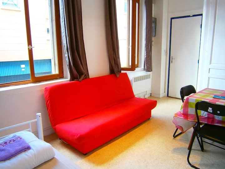 Studio 20m² pour 3personnes (2adultes + 1enfant)