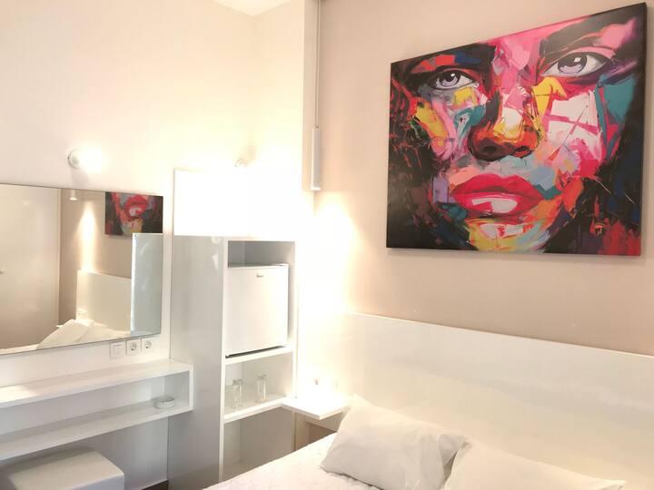 Diana Hotel / Standard Single Room