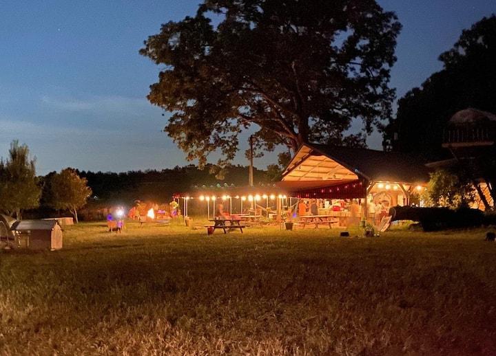 Hillbilly Resort and Nature Spa #1