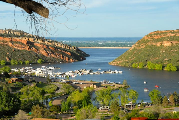 Fort Collins Horsetooth Reservoir's Private Settin