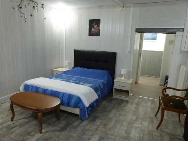 Grande chambre/salon