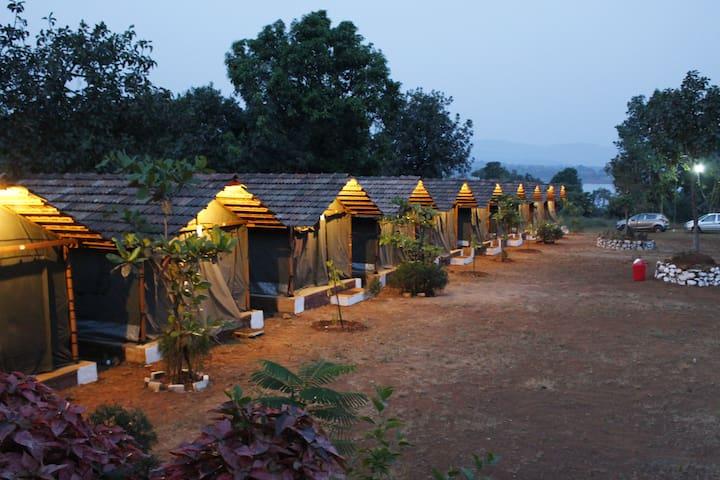 Pune Green Getaway (Kambre)