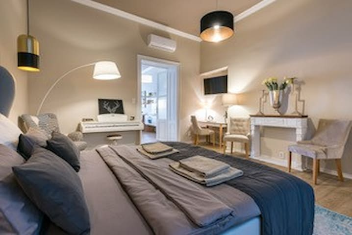 2R luxury apartment CENTRE old town KOSICE