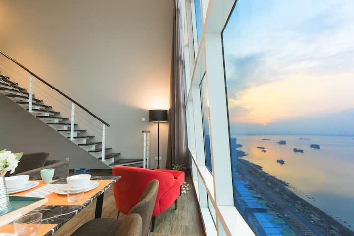 Maritime Sea View Duplex Suite ⛨DISINFECTED