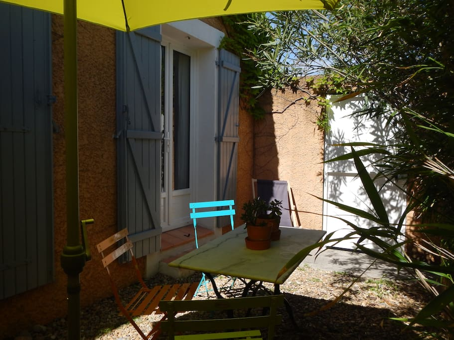 Chambre l 39 etape houses for rent in salon de provence for Maison d en france salon de provence