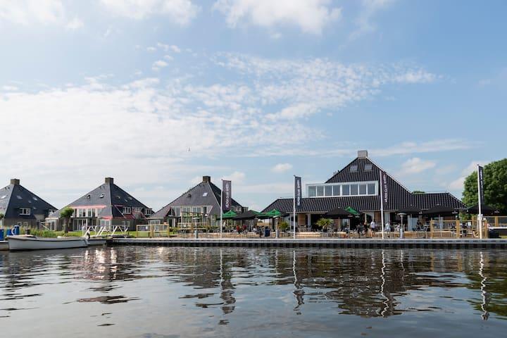Gezellig luxe 8p-appartement aan Sneekermeer (RO)