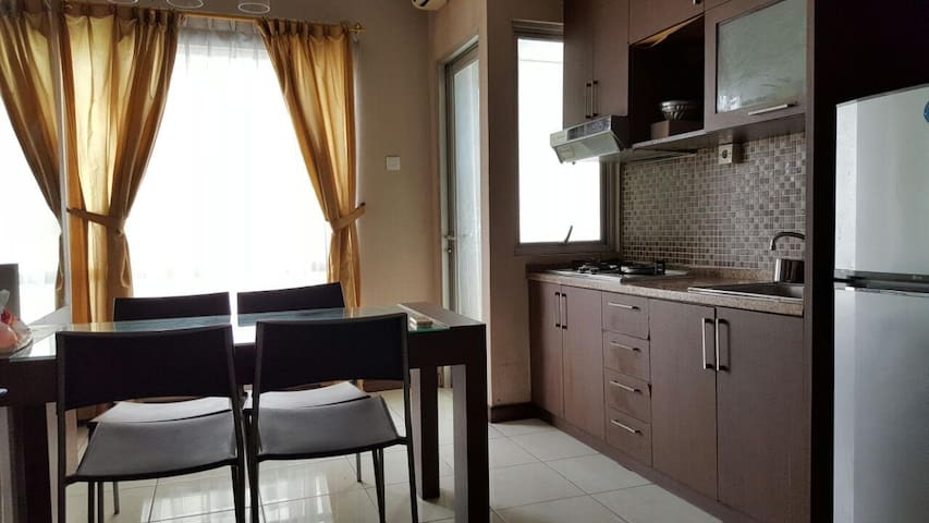 Daily/Monthly Rent in Apt. Sudirman Park - Tanah Abang - Apartamento