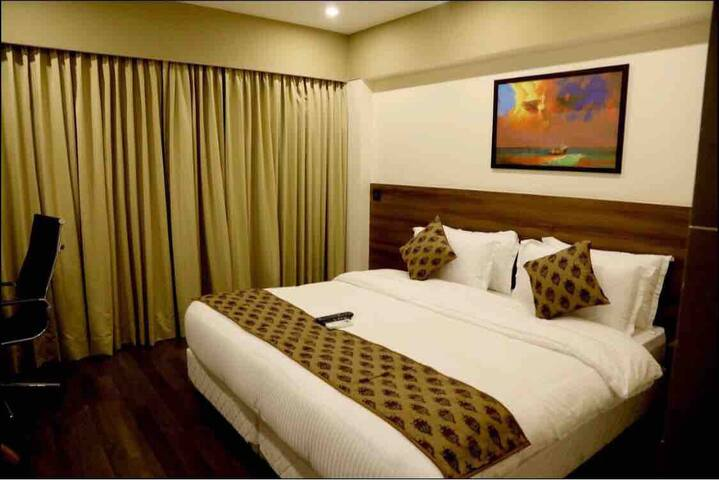 Luxury rooms Near International Airport