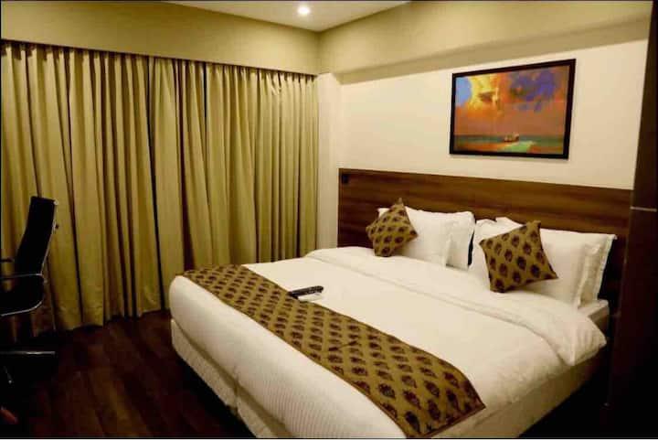 Luxury Hotel Rooms In Andheri East
