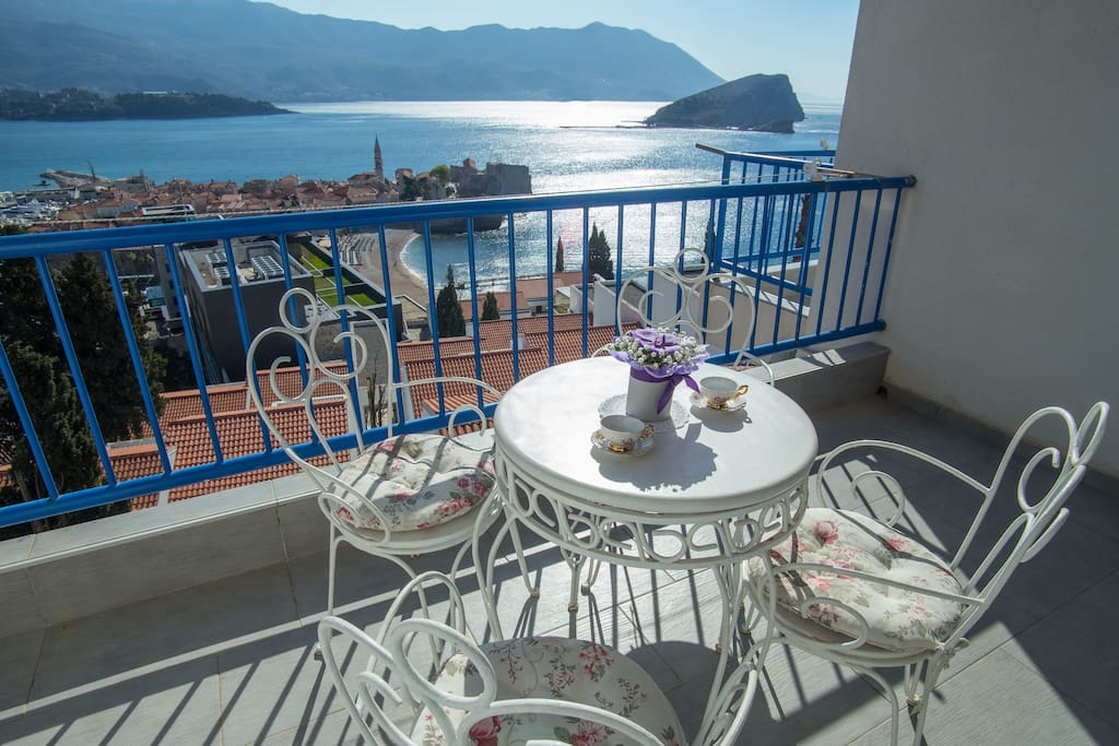 Morning coffe Terrace..be inspired...amazing view on  riviera