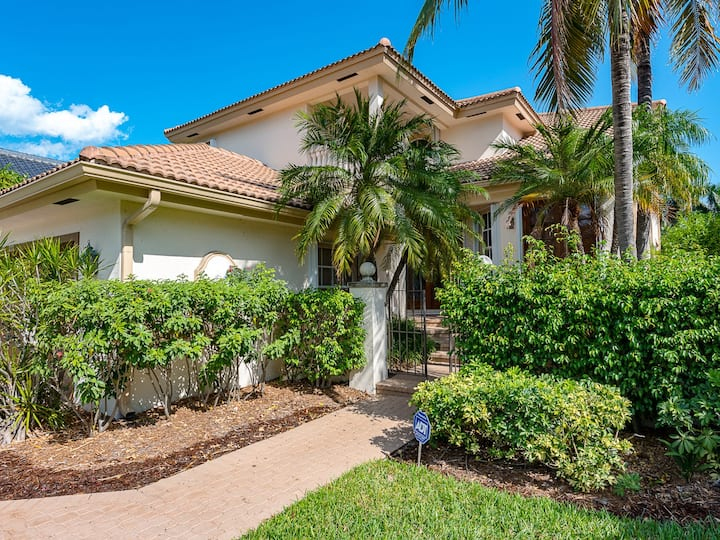 Water Front Luxury Villa/close to Beach & Las Olas