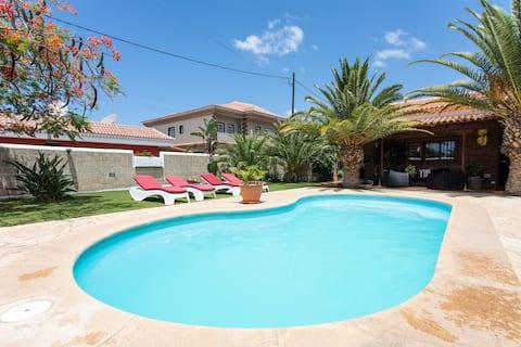Villa Angel  Tenerife Sur Heated pool .