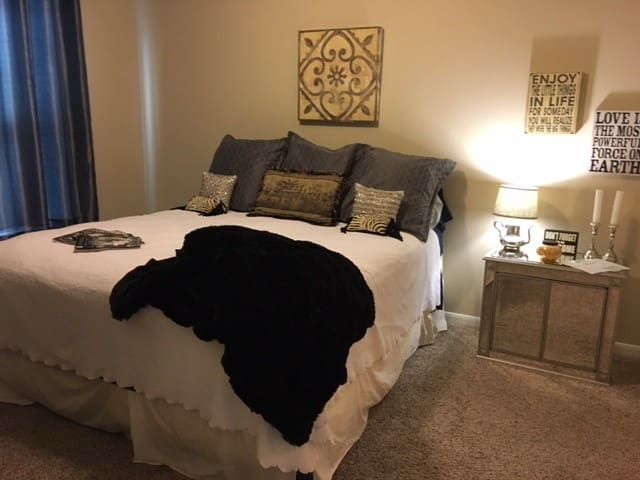 Super comfortable with plenty of privacy - Round Rock - Apartamento